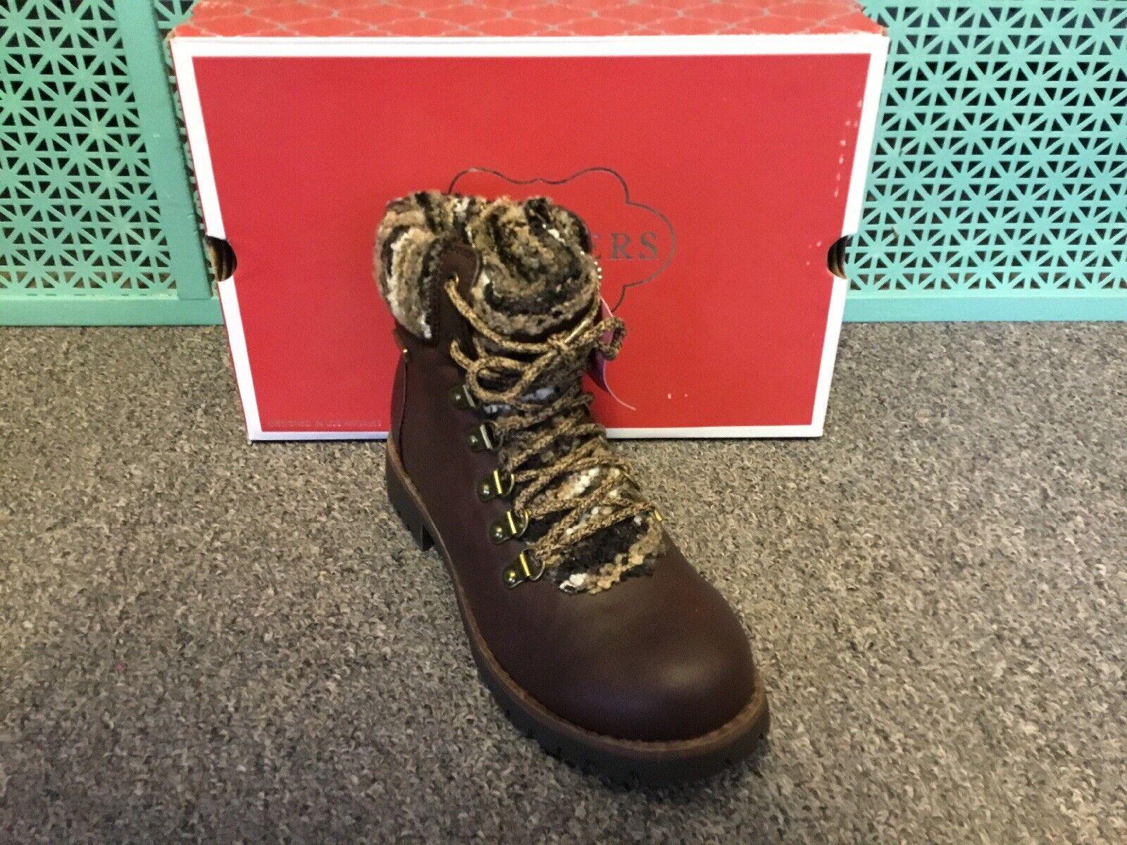 Femmes Skechers Cypress bottes marron Taille 5.5 Medium 49949