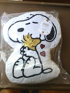 Pottery Barn Kid Peanuts Snoopy Holiday Heart Pillow
