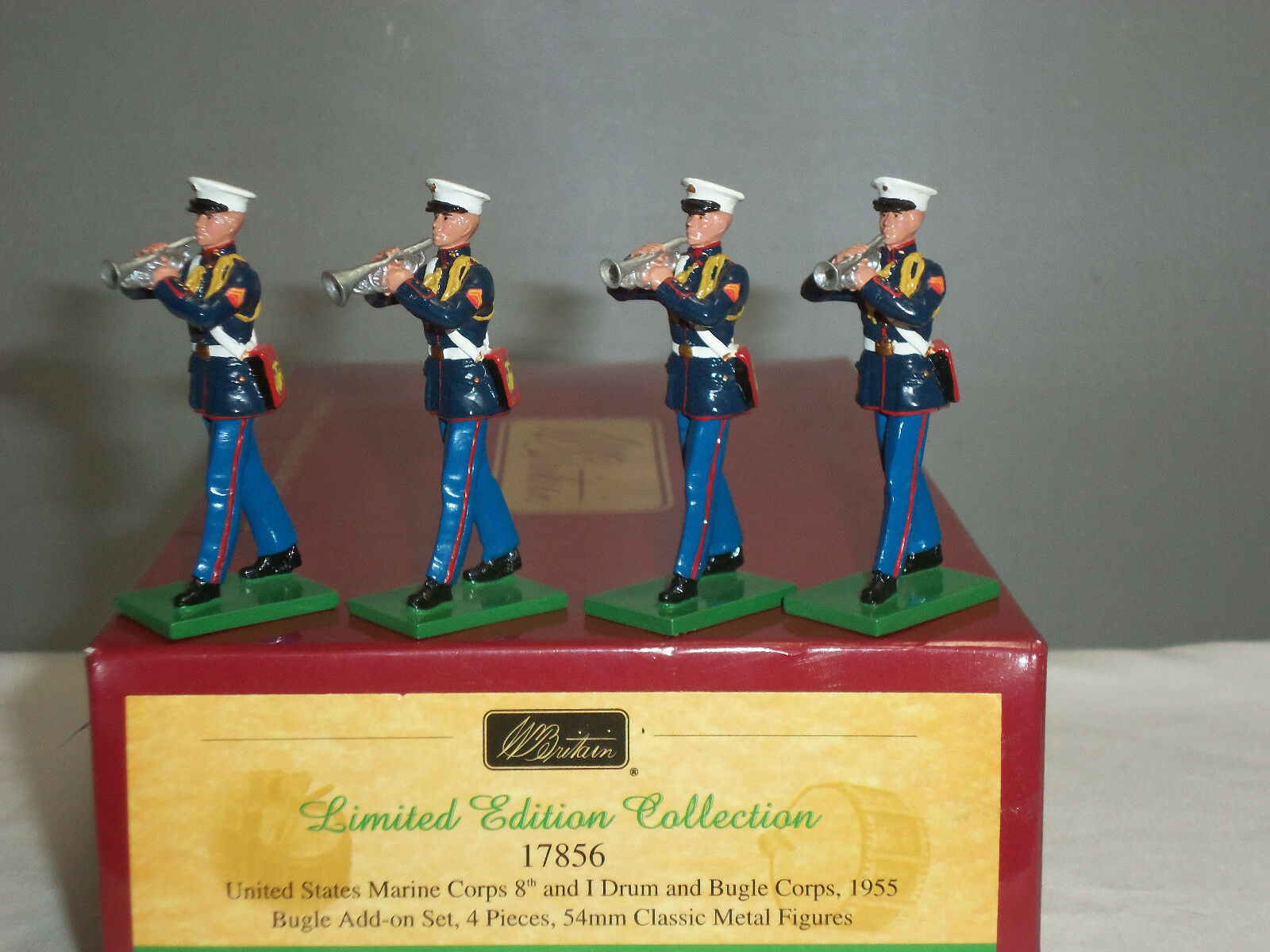 BRITAINS 17856 US MARINE CORPS DRUM + BUGLE CORPS 1955 ADD ON TOY SOLDIER SET