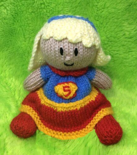 Supergirl inspired choc orange cover 14 cms Superman toy KNITTING PATTERN