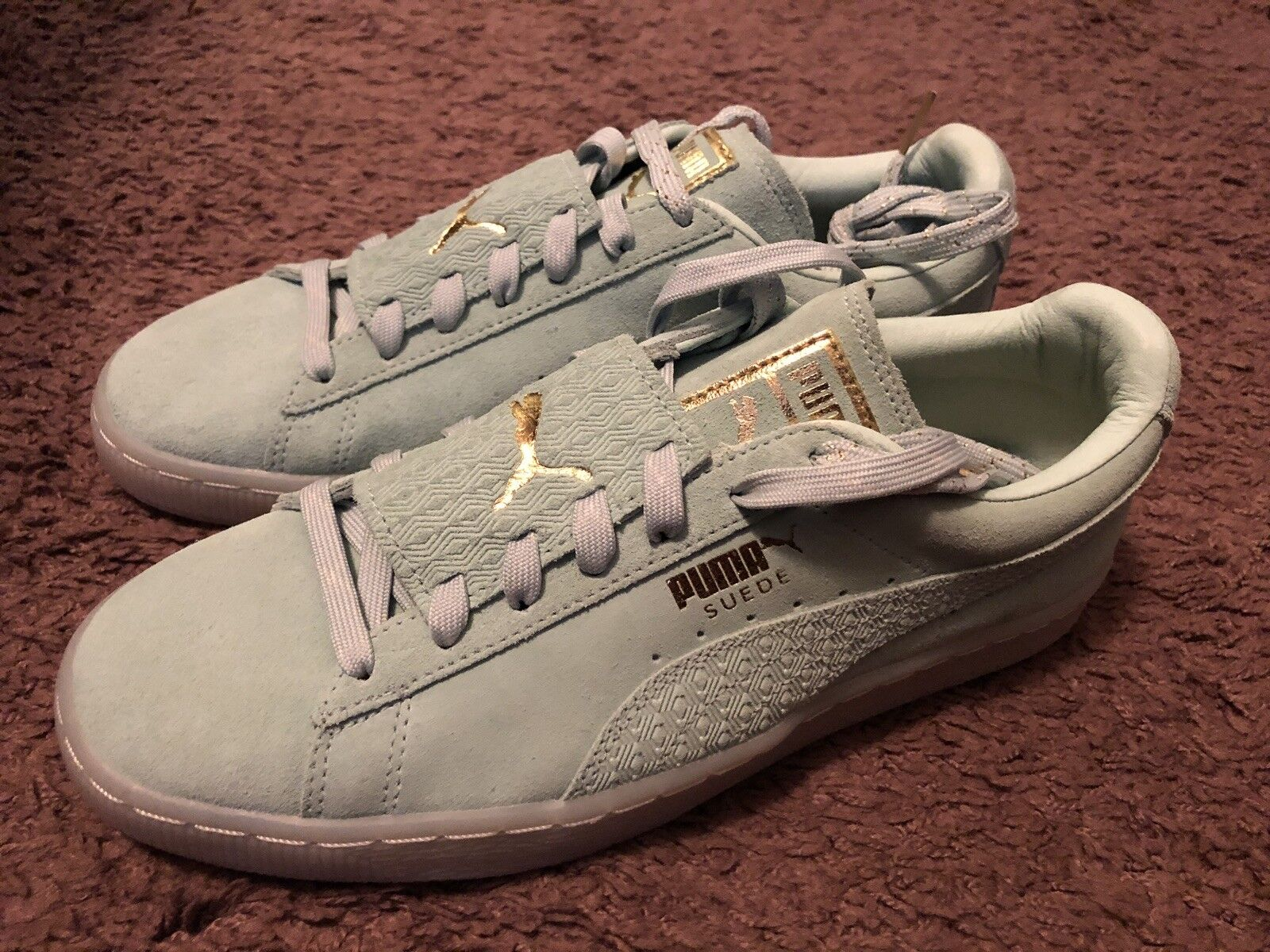 Puma Mint Green Cream Suede Retro Classic Embossed Foil Sneakers Comfortable Comfortable and good-looking