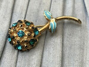 Flower-Brooch-Gold-Tone-Rhinestone-Floral-Light-Blue-Vintage-Costume-Jewellery