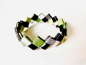 Aromantic bracelet