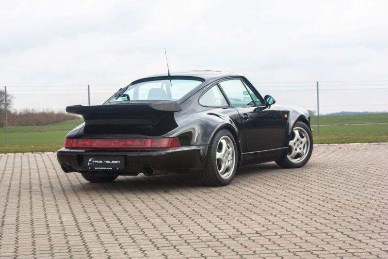 Porsche 911 Turbo - 3