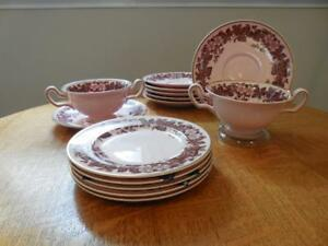 Wedgwood-Alpine-Pink-Bramble-bone-china-NINETEEN-pieces-WH3526-ca-1930-039-s