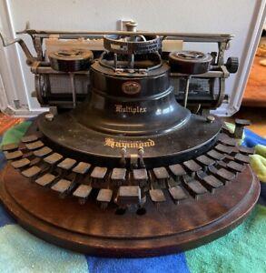 Antique Typewriter HAMMOND 1913 Ideal Curved Keyboard Wood box 112935