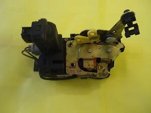 2002 ONLY JEEP LIBERTY REAR TAILGATE LATCH Power Latch Actuator TAIL GATE OEM