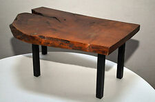 massive Bank kleiner Holzbohlen-Tisch vintage 60x40x28(Höhe) cm auf Metallbeinen