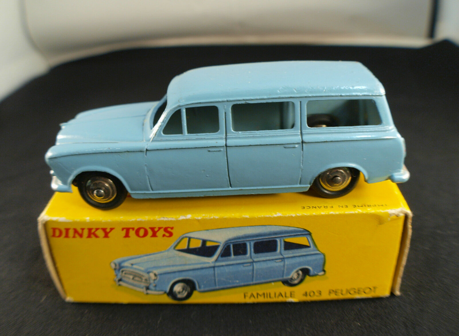 Dinky Toys F No. 24f Peugeot 403 Family Break in Box