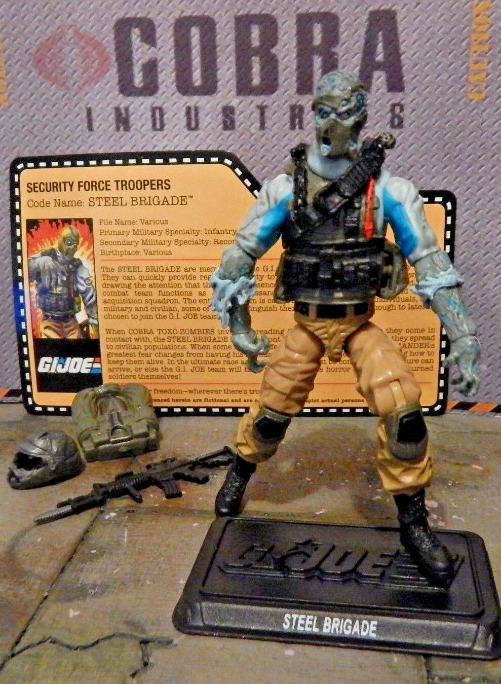 GI JOE  2014 STEEL BRIGADE ZOMBIE  WALKING DEAD   JOECON CONVENTION