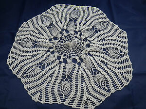 Lot-de-2-linge-de-maison-ancien-1-napperon-1-centre-de-table-Lace-place-mat
