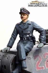 Deutscher-comandante-figura-Wittmann-sentado-alta-calidad-de-mano-pintado-1-16