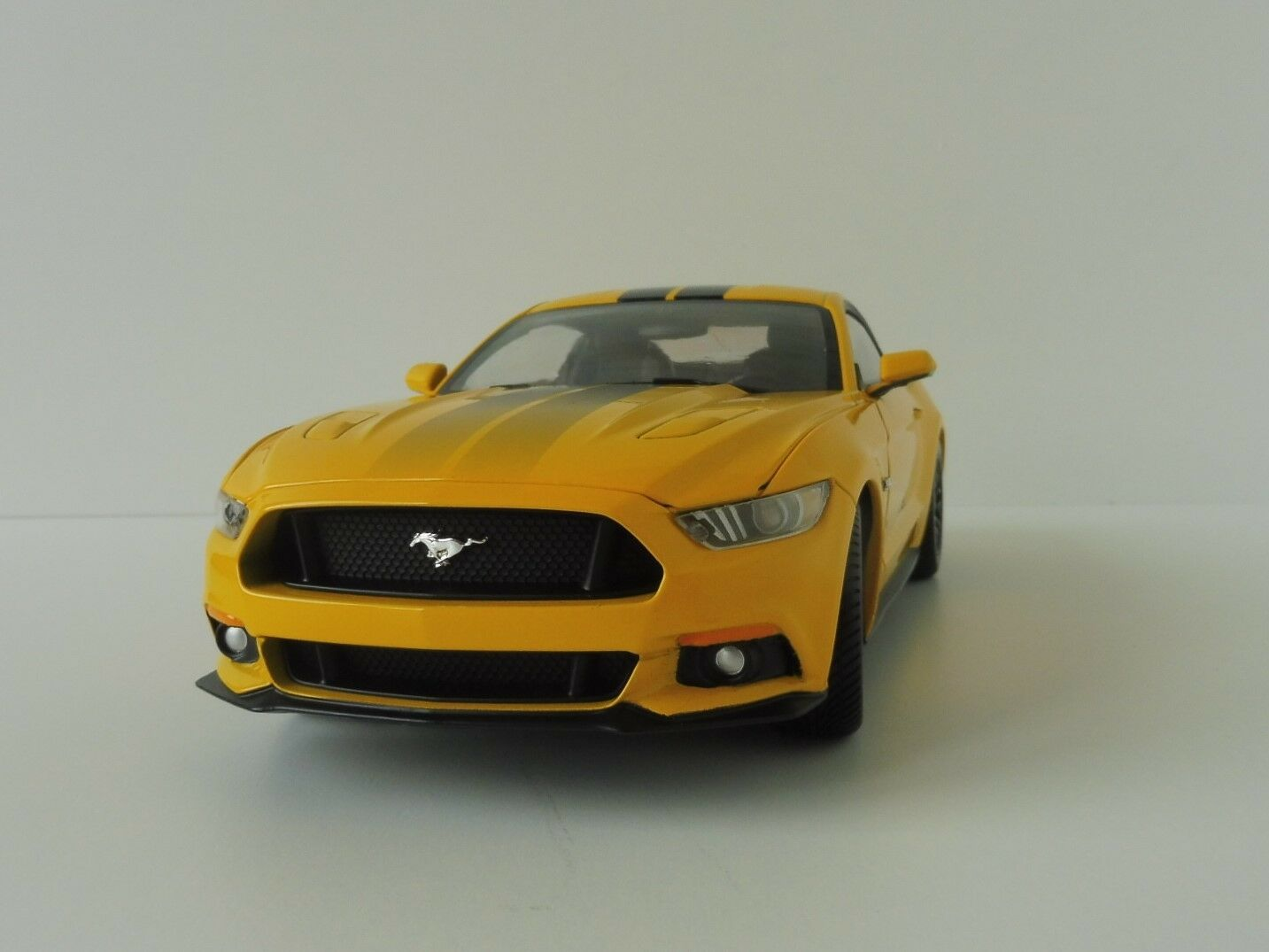 Ford Mustang GT 2016 triple giallo 1 18 aw229 06 auto World aw229