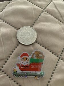 Santa peccy auf einem Schlitten