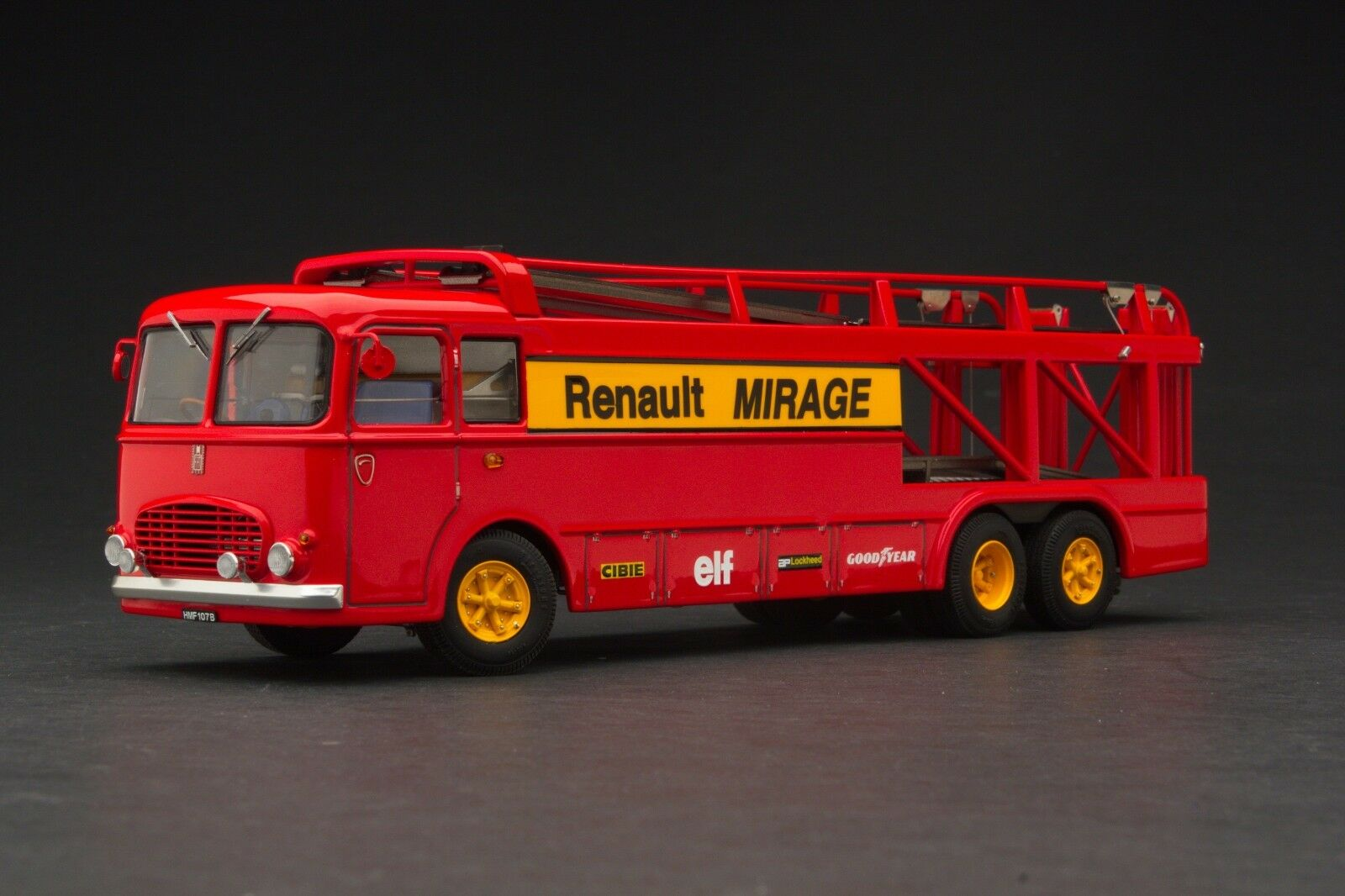 Exoto 43 Renault Mirage Racing From The Movie Le Mans EXO00036
