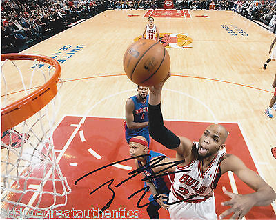 Basketball-nba Autographs-original Chicago Bulls Taj Gibson Signed 8x10 Photo W/coa Usc A Moderate Price