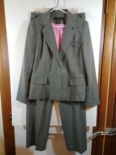 Ms. Tracy By Tracy Evans 2-pc. Pant Suit, Size 8,
