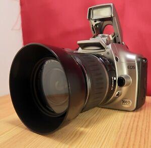 Appareil-photo-reflex-numerique-CANON-EOS-300D