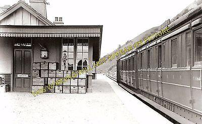 2 Fort Augustus Invergarry. Aberchalder Railway Station Photo
