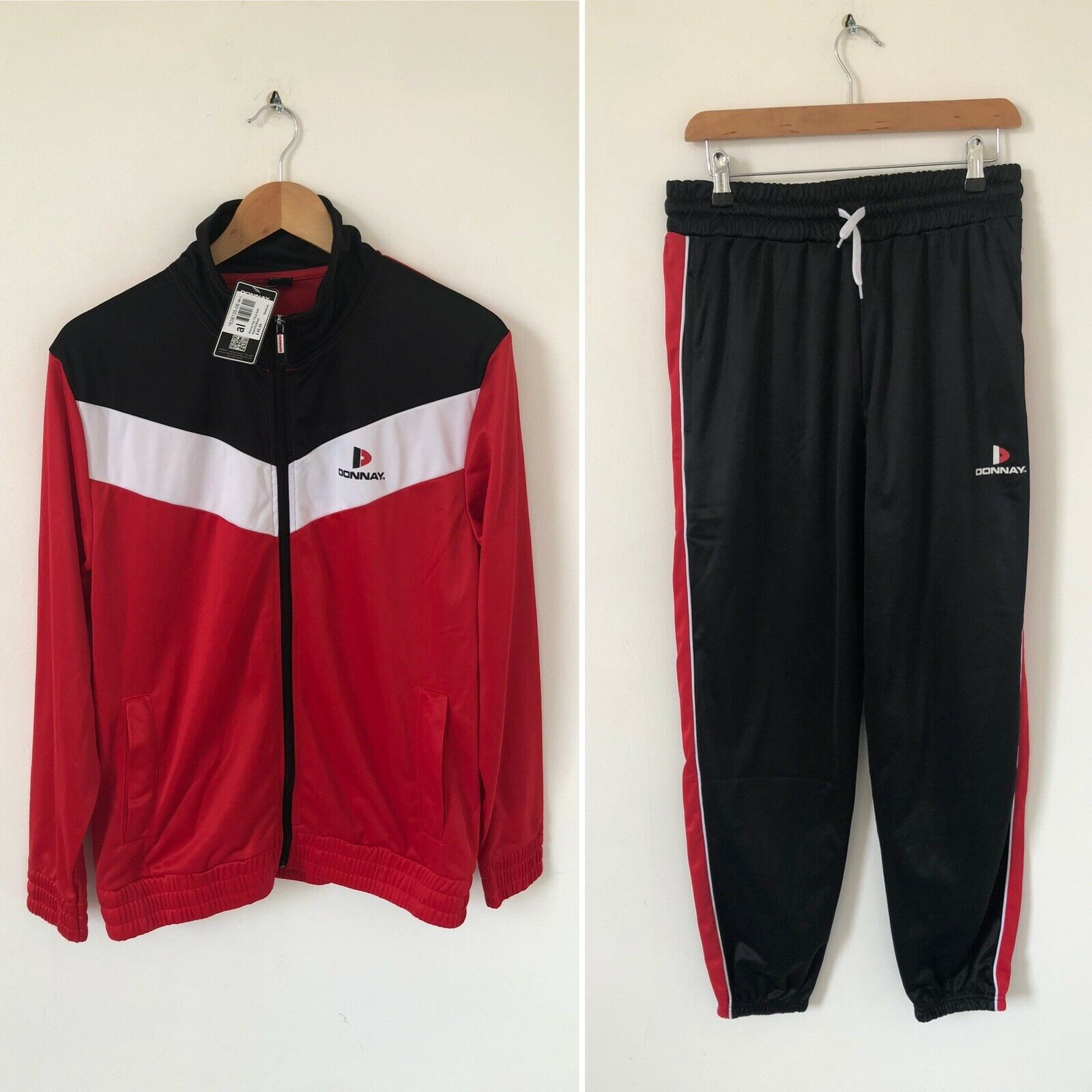 NEW Donnay Red Black Full Tracksuit Full Zip Jacket & Trousers Size Medium