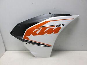 Verkleidung-vorn-rechts-Seitenverkleidung-FAIRING-KTM-RC-125-14-16-RC-200-390