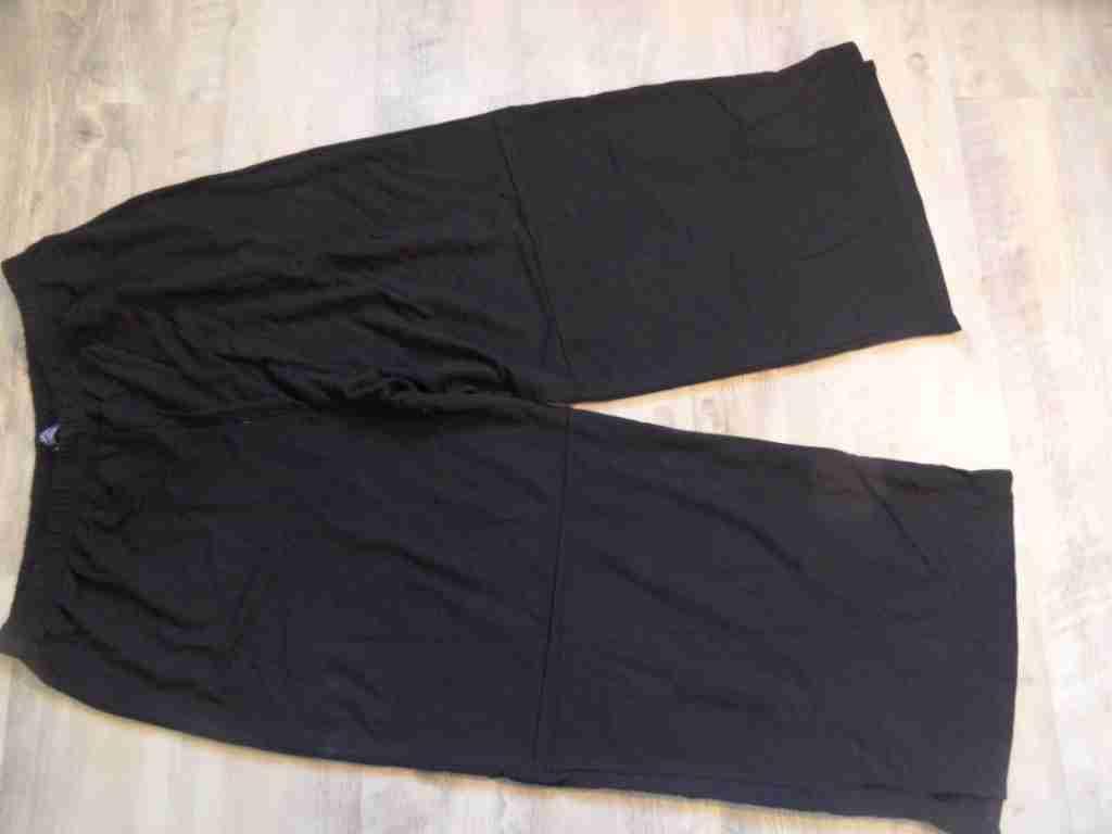 AKH Fashion schöne Jersey-Viskosehose schwarz Gr. 7 w.NEU HMI517