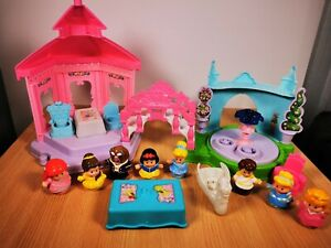 Fisher-Price-Disney-Little-People-Cenerentola-TEA-PARTY-DA-GIARDINO-CON-FIGURE-EXTRA