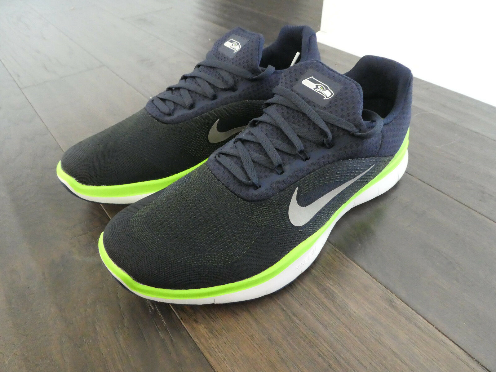 Nike Free Trainer V7 NFL shoes mens new AA1948 400 Seattle Seahawks trainers Wild casual shoes