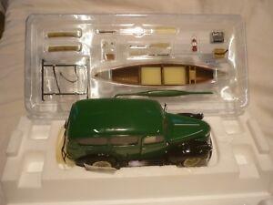 Maquette Franklin Mint d'une Chevrolet Suburban 1946, en boîte,