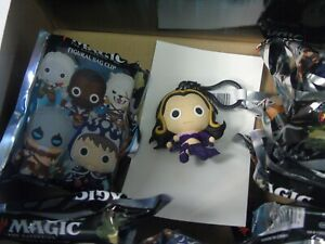 Liliana-Vess-Magic-the-Gathering-Figural-Bag-Clip-Backpack-Hanger-Keychain-New