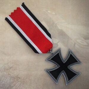 1939-1957-German-Iron-Cross-2nd-Class-Medal