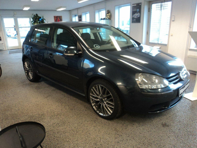 VW Golf V 1,6 102 Trendline 5d - 54.900 kr.
