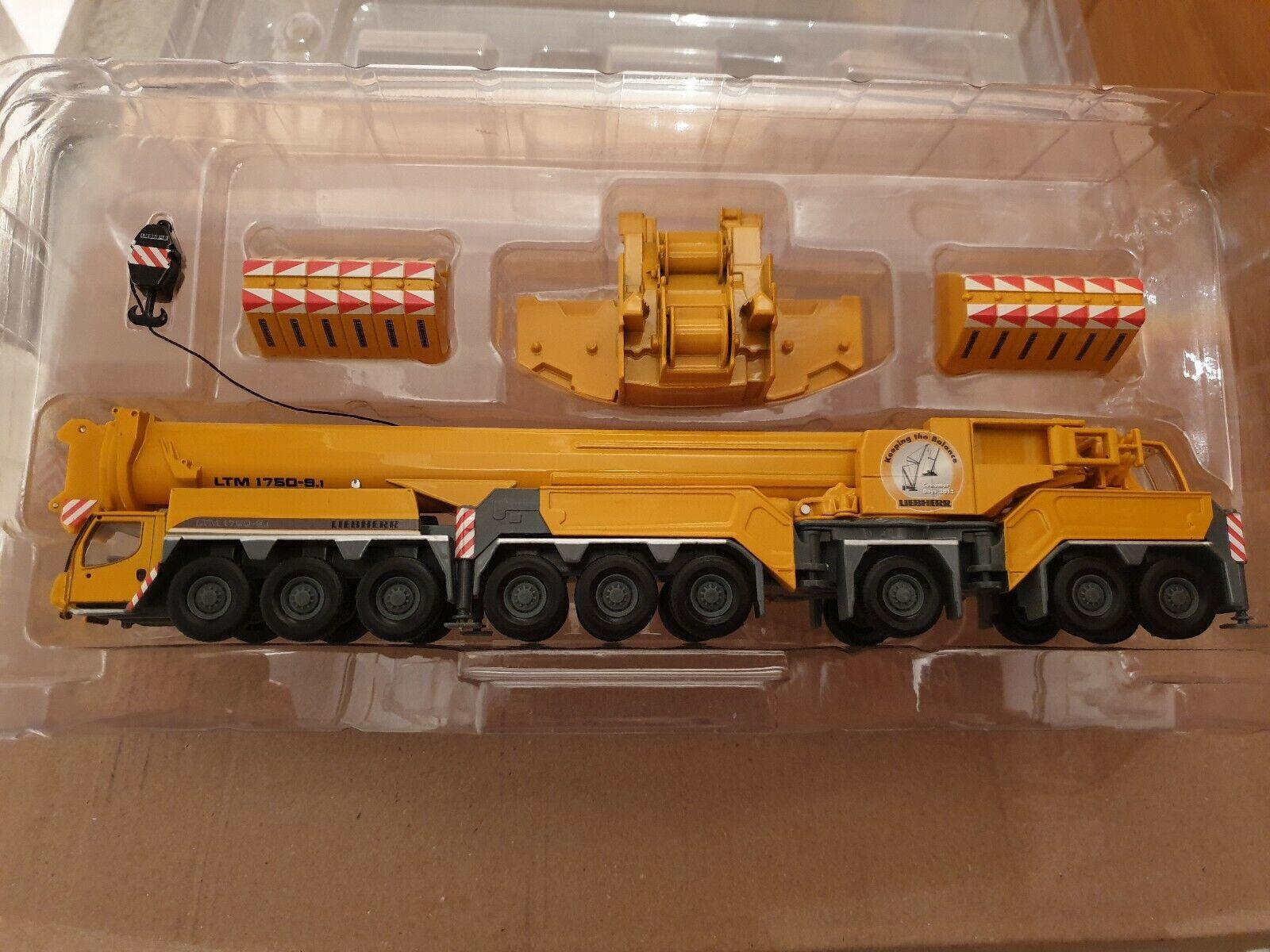 Liebherr LTM 1750-9.1 neuf dans sa boîte et neulimicravaterte  sorcravate LIEBHERR-kundentage 2012  remise élevée