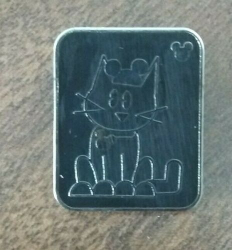 2008 Disney WDW Hidden Mickey Series III Cat With Mouse Ears Pin