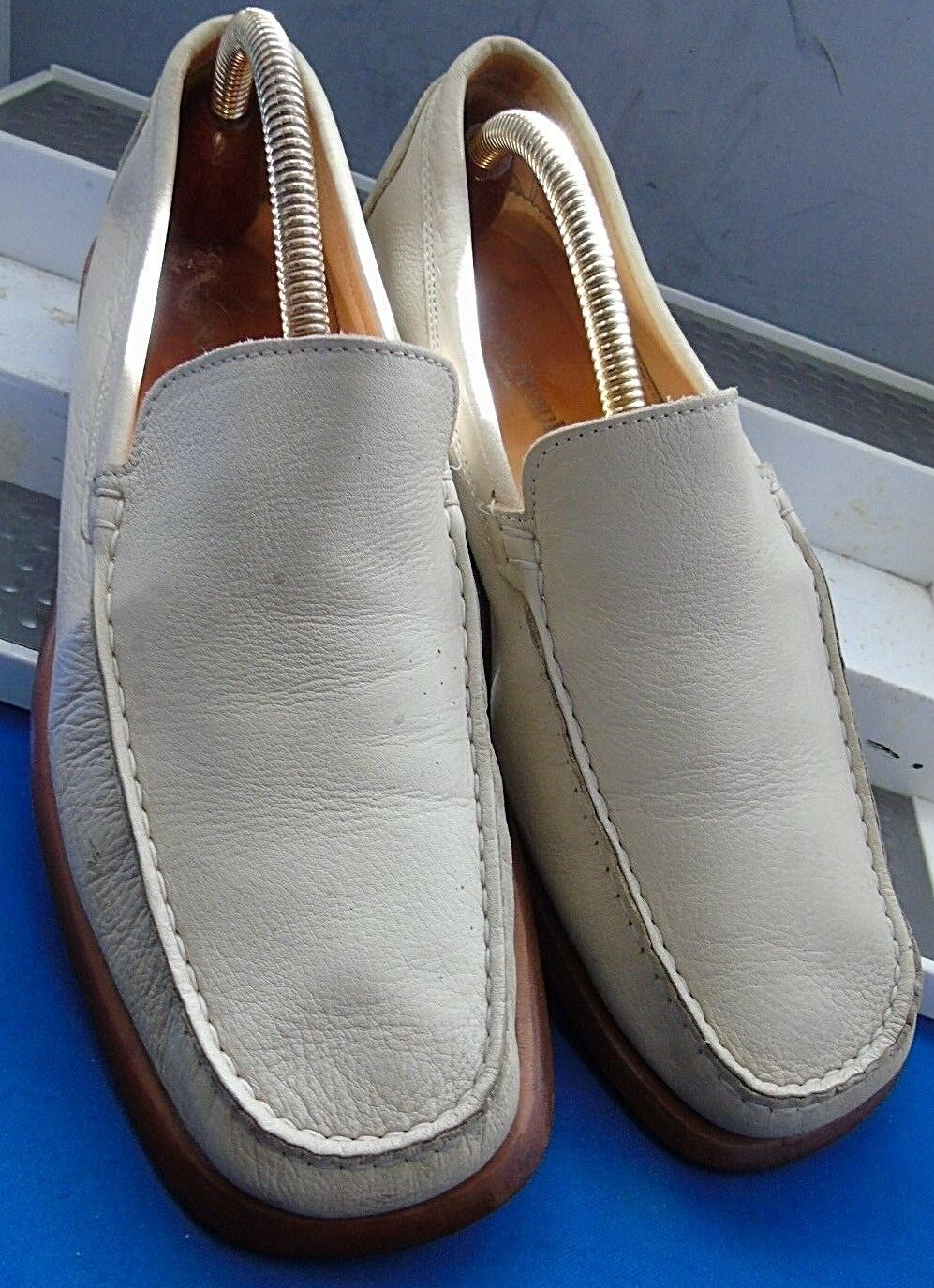 RUSSELL & BROMLEY SMART CLASSIC BEIGE LEATHER CAR LOAFER SHOES
