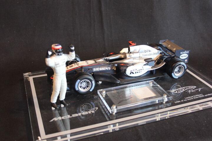 Hot Wheels McLaren Mercedes MP4 20 2005 1 18  9 Raikkonen Sparco Edition (JS)