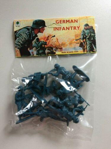 GERMAN INFANTRY RI TOYS Vintage 1//32 WW2 1970/'s Made in HONG KONG