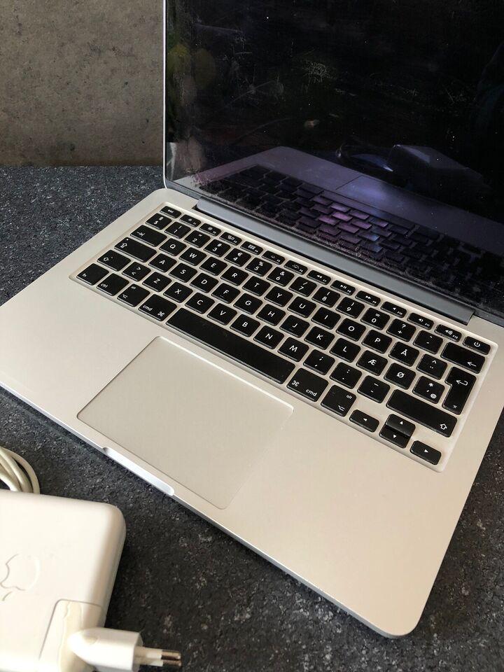 """MacBook Pro, 2015 Retina 13"""", God"""