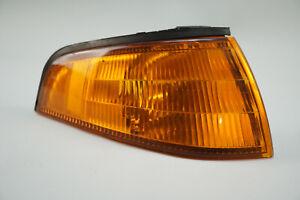 1991-1996-FORD-ESCORT-FRONT-LAMP-TURN-SIGNAL-LIGHT-AMBER-CORNER-MARKER-OEM