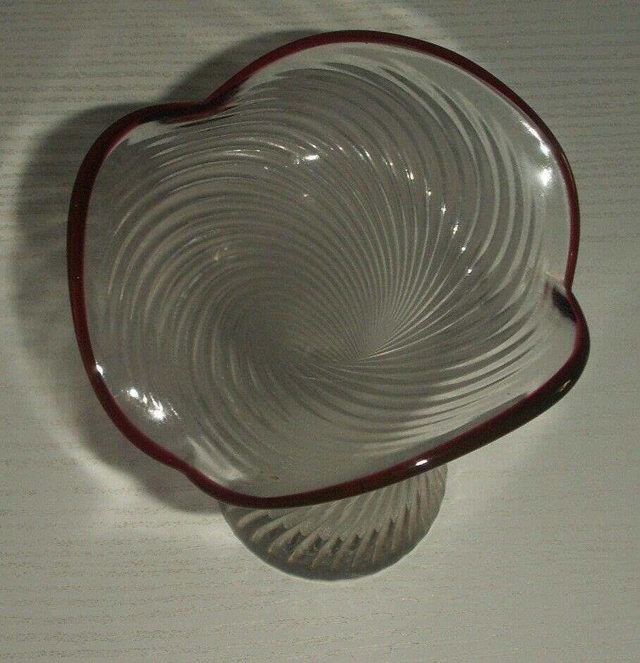 Vase og Skål på fod