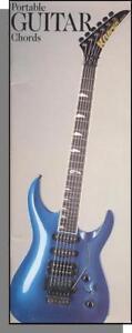 100% Vrai Portable Guitar Chords - A Useful Book That Fits Inside Your Guitar Case! Moderne Et EléGant à La Mode