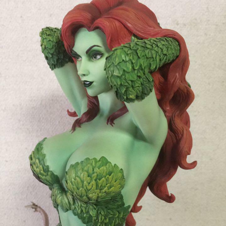 cómodo Sideshow DC 1 4 Premium Premium Premium figura Poison Ivy  suministramos lo mejor