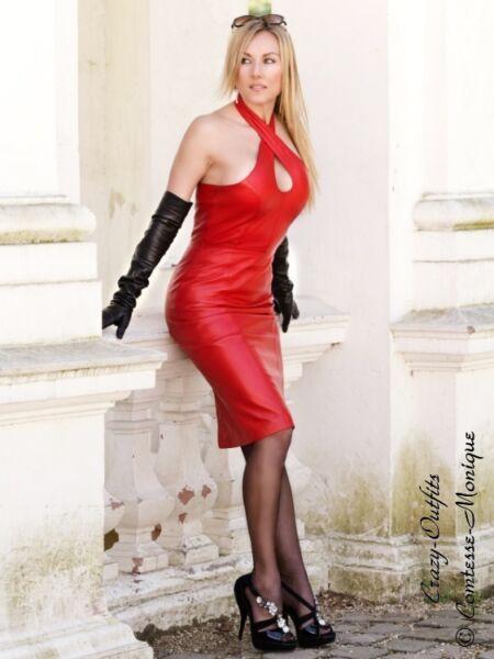 8fe487e20d88 Lederkleid Leder Kleid Rot Neckholder Knielang Maßanfertigung