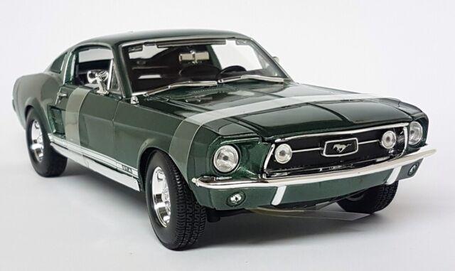 Maisto 1/18 Scale 1967 Ford Mustang GTA Fastback Metallic Green Diecas Model Car