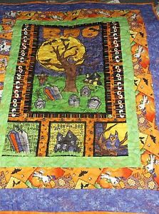 YOUR CHOICE: HANDMADE HALLOWEEN WALL HANGING QUILTS