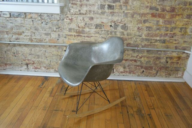 Charles Ray Eames For Herman Miller Mid Century Modern Rocking Chair Rocker