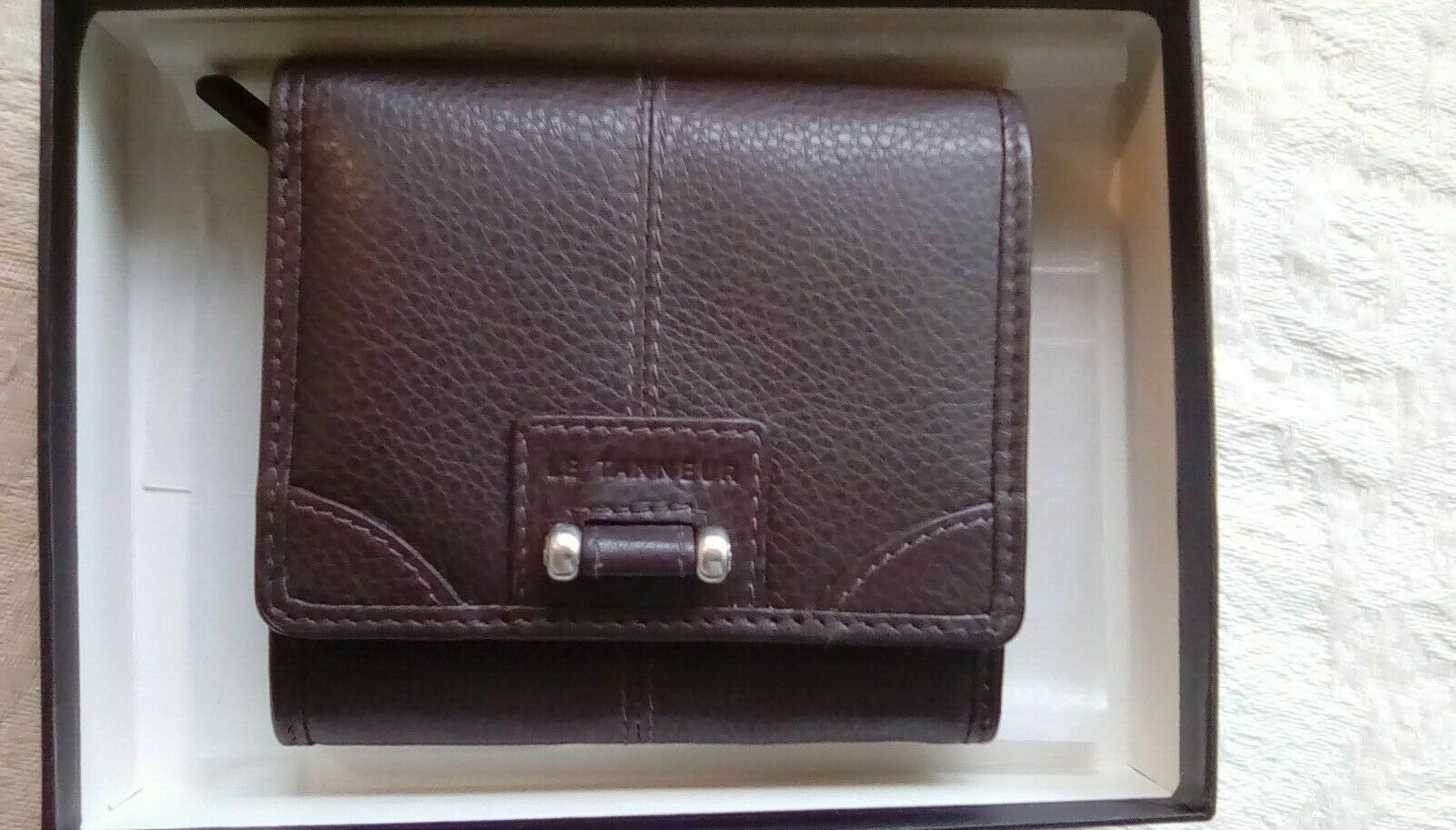 Le Tanneur Small Textured Brown Leather Wallet New 4 by 4 Inches Silver Trim NIB