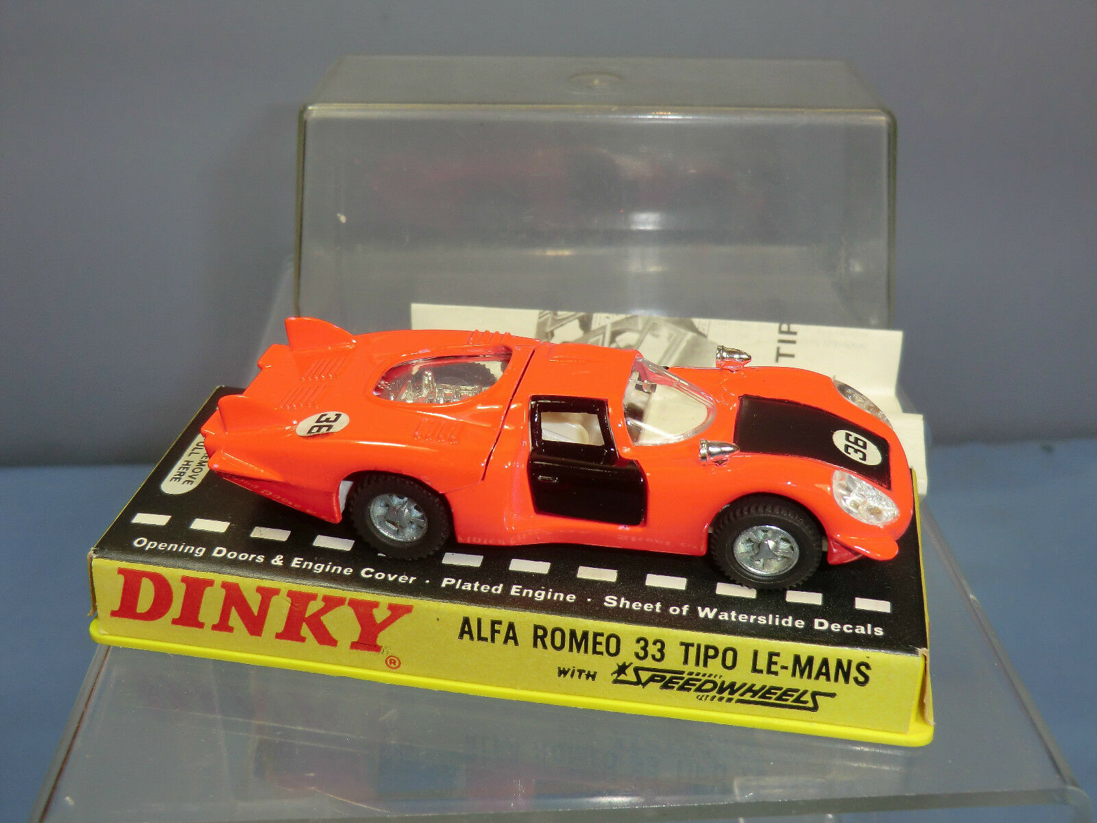 Schäbiges spielzeug modell no.210 alfa romeo 33 tipo  le-mans mib