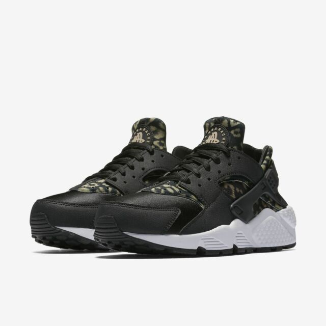 db9aaed25385 Womens Nike Air Huarache Run Pirnt 725076-007 Black/Khaki Brand New Size 6.5