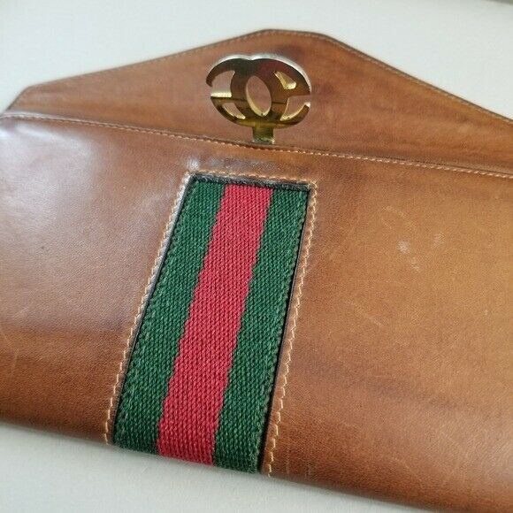 GUCCI  Beautiful  Vintage Classic Gucci wallet - image 7